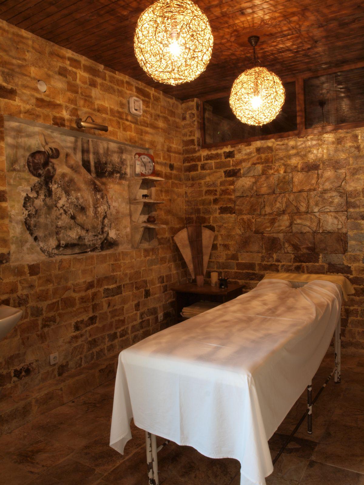 Хотел Петрелийски с. Огняново - спа и масажи