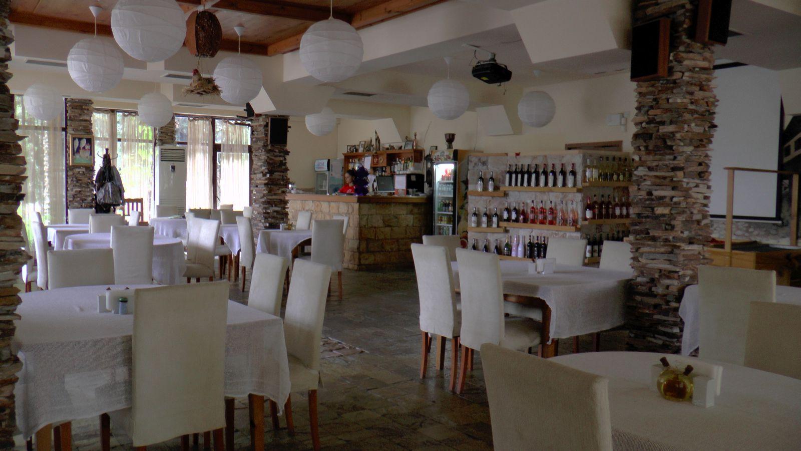 Ресторант Петрелийски с. Огняново - Традиционна, здравословна и веган кухня