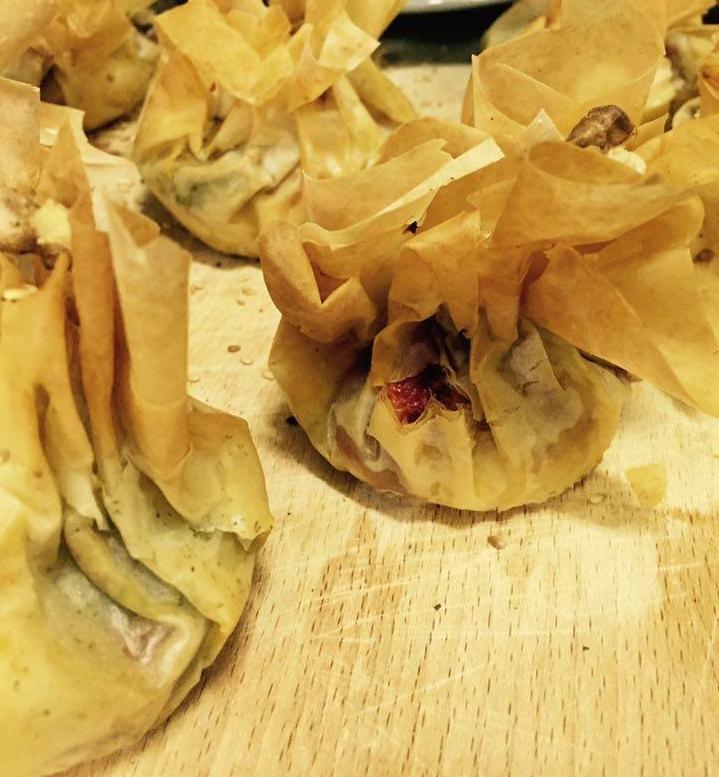 Постни банички със спанак, тофу и зеленчуци
