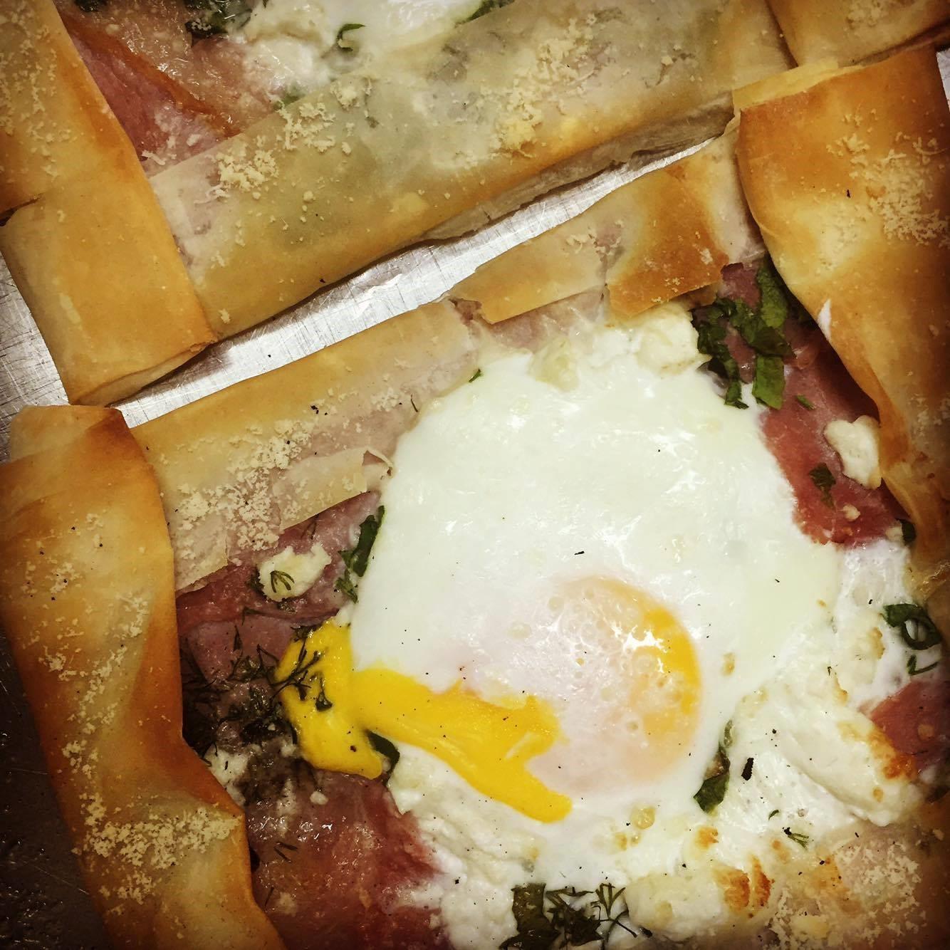 Джобчета с яйце и извара